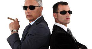İşyeri Önünde Düşüp Kolunu Kırmak İş Kazası mıdır?